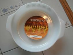 NEW VINTAGE FIRE KING BAKEWARE ANCHOR HOCKING CASSEROLE 9 IN